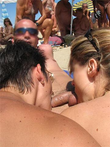 Nudists vs Swingers Cap D'Agde | Swinger Travel: www.swingertravel.org/nude/nude-beach/nudists-vs-swingers-cap-dagde